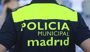 Cs Tetuán consigue que se condecore a tres policías municipales del distrito tras salvar la vida de dos vecinos