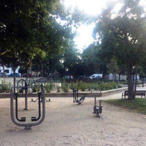 Ciudadanos Ciudad Lineal propone mejoras en los aparatos de gimnasia para mayores de los parques del distrito